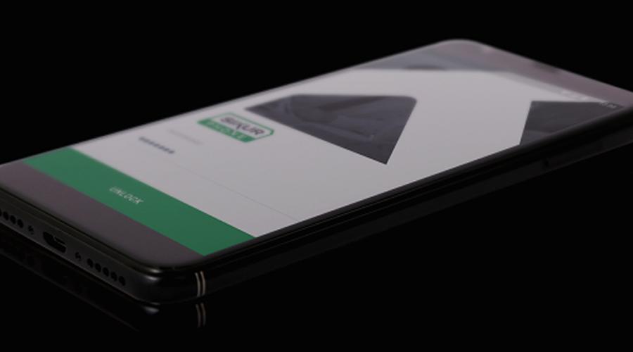 smartphone wallet built-in.png